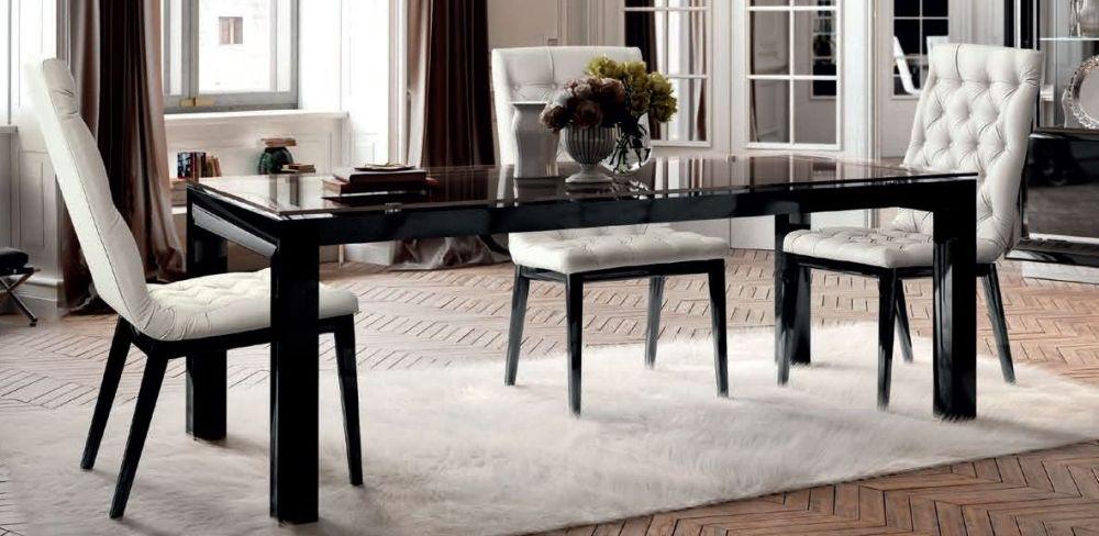 Stół rozkładany ze szklanym blatem