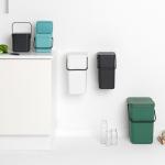 zestaw pojemników do sortowania śmieci